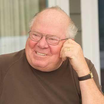 Biografía de Verne Lundquist