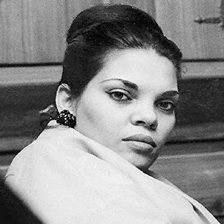 Vivian Liberto Biografi