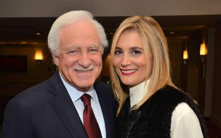 El presentador de noticias Jim Gardner está felizmente casado con Amy Gardner, su esposa, desde hace 46 años
